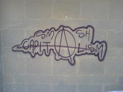 Graffiti: Smash Capitalism